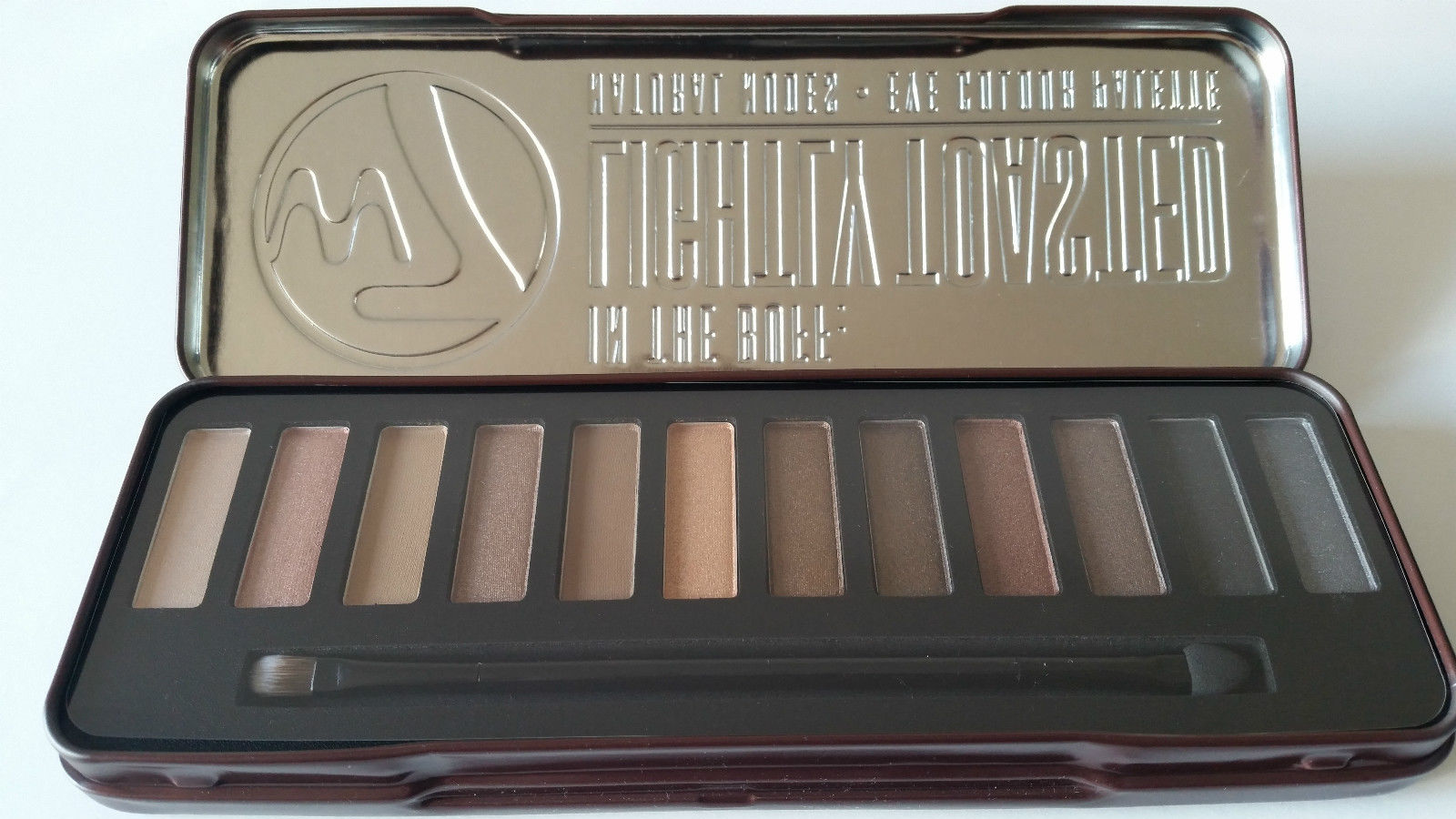 W7 IN THE BUFF LIGHTLY TOASTED NATURAL NUDES EYE COLOUR PALETTE - 12 SHADE EYESHADOW