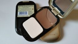 3X MAX FACTOR FACEFINITY COMPACT MAKE-UP FOUNDATION - #10 Soft Sable