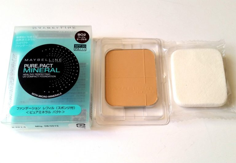 MAYBELLINE PRESSED POWDER PURE PACT MINERAL - B02 - BOXED REFILL & SPONGE